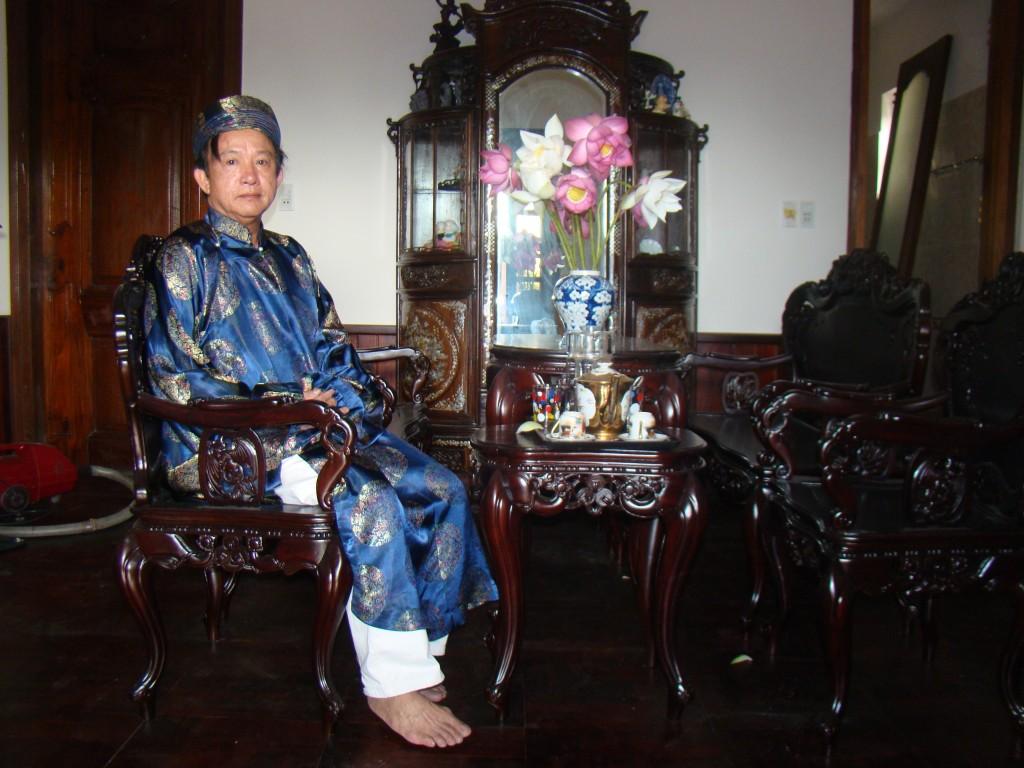 M. Nguyen, l'ancien directeur du Centre de préservation des patrimoines de Hue
