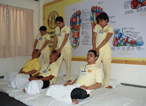 Centre de formation de massage MINH HOA à Hanoi