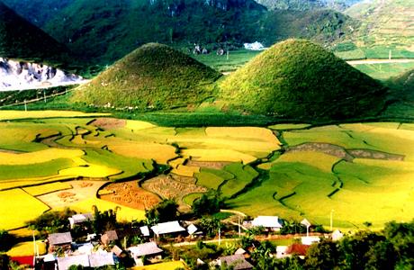 Les différentes formes des montagnes à Ha Giang
