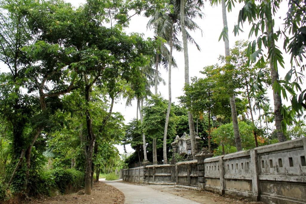 Chemin du village Kim Long