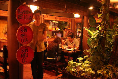 Restaurant Ngon, Tran Hung Dao, Hoan Kiem Hanoi