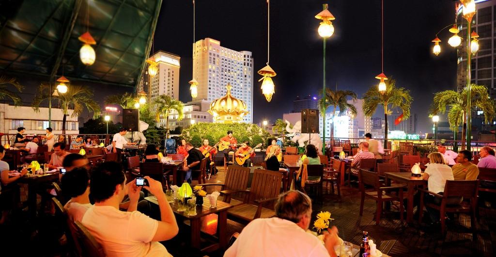 Rooftop Garden Restaurant et bar à Saigon