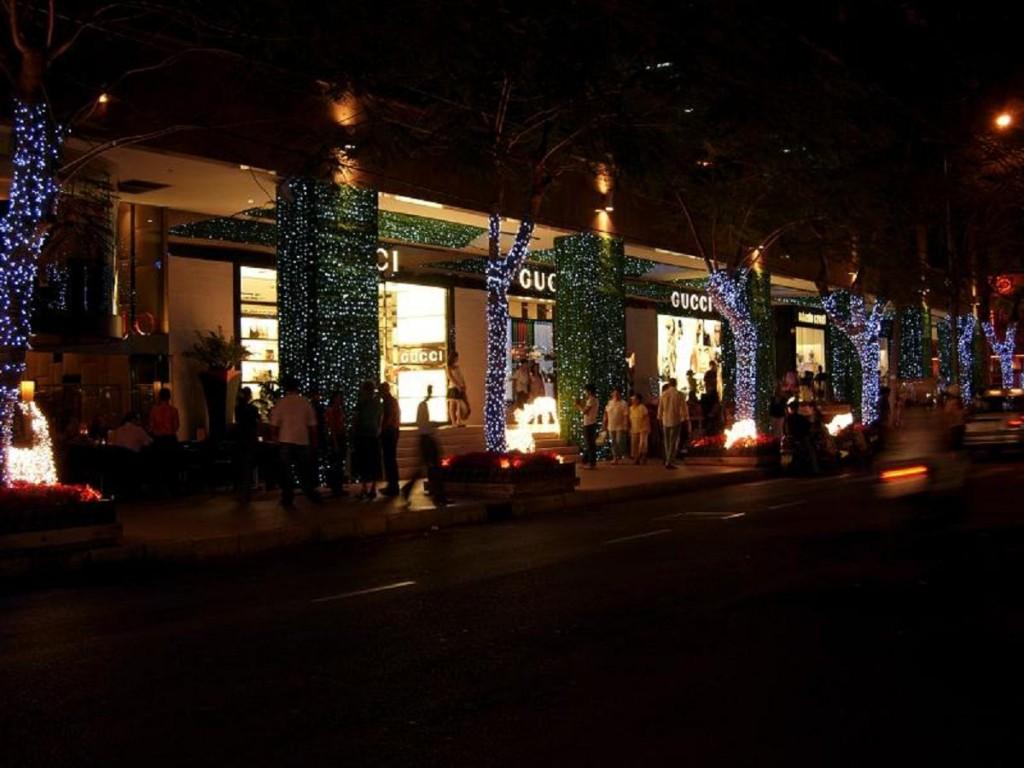 Rue de nuit à Sai Gon