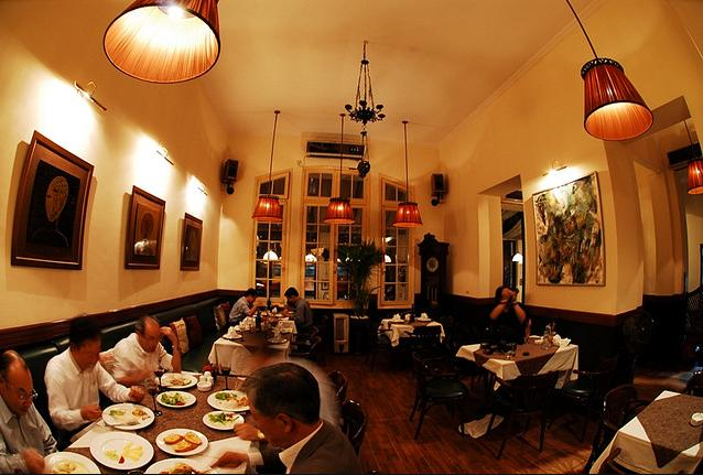 Restaurant Paris-deli, 13 Nha Tho, Hoan Kiem Hanoi