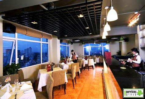 Sky View - restaurant avec vue sur le lac à Hanoi
