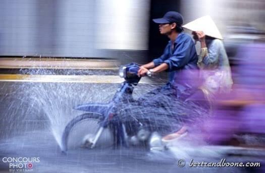 Innondation dans les rues de Hô-Chi-Minh-Ville