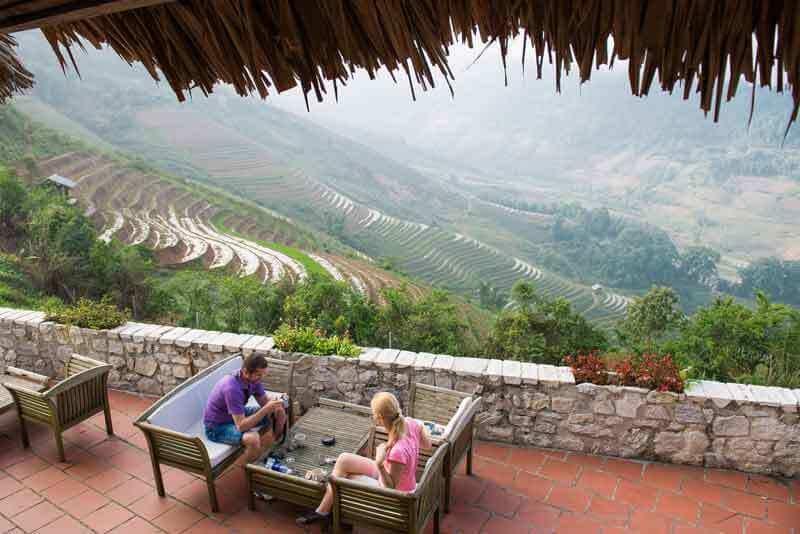 Vue sur les rizières en terrasse depuis la terrasse