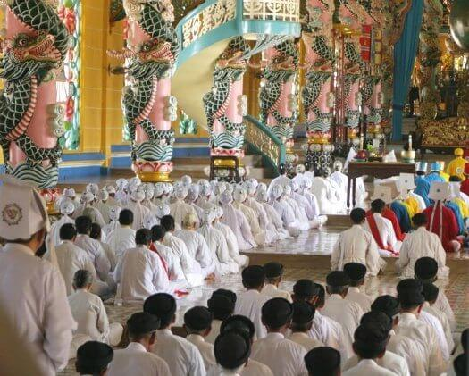 temple caodaiste delta du mékong