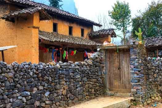 vieux quartier de dong van