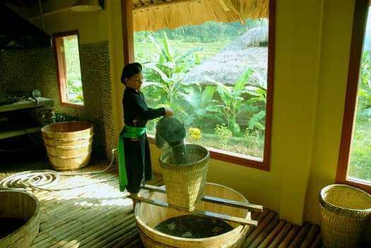 Bain aux feuilles de thé Man Ta Pan séjour bien-être vietnam