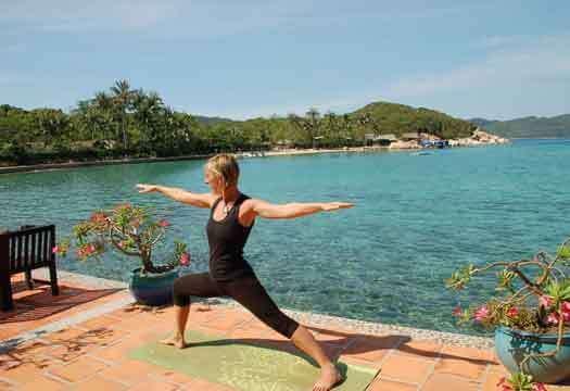 Yoga île baleine Vietnam