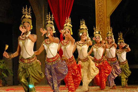 apsara ballet royal phnom penh cambodge