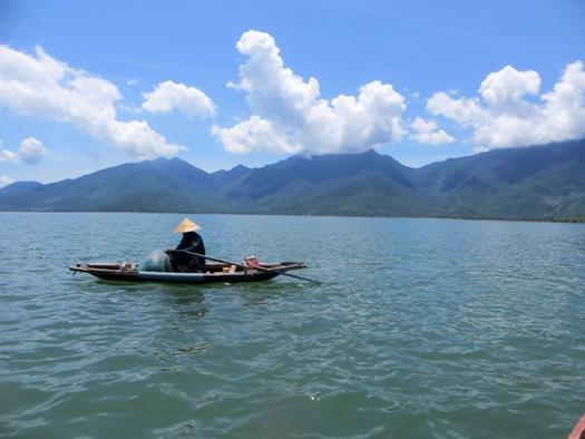 pecheur-baie-lang-co-centre-vietnam
