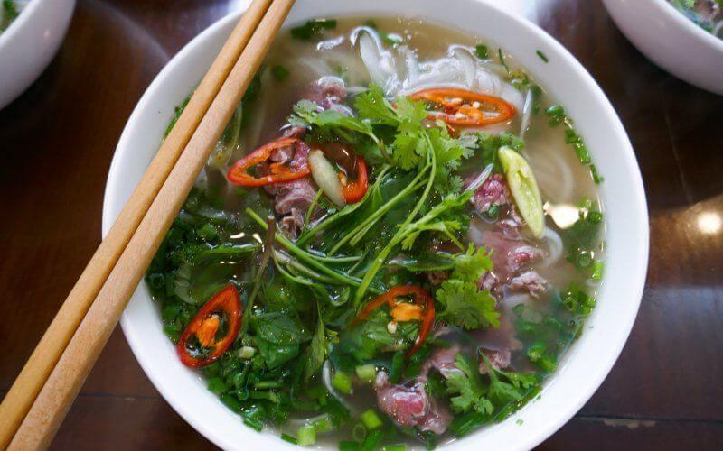 petit dejeuner vietnam pho