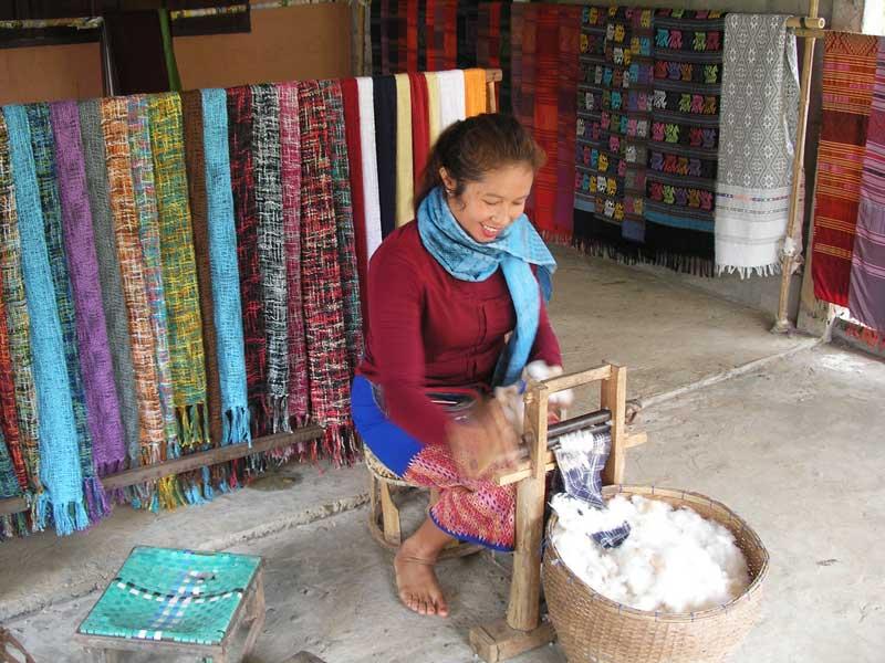 Fabrication écharpes soie