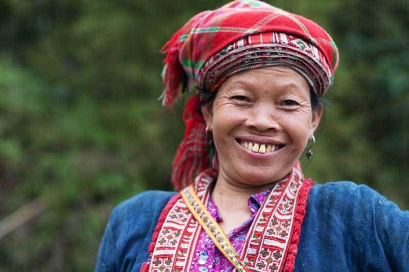 Une femme Dao Rouge nous a accueilli avec son grand sourire